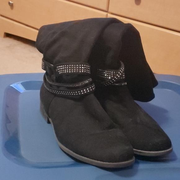 presenting top brands promo code 53d96e4e5632a02800000245 Shoes | Wide Calf Suede Boots | Poshmark